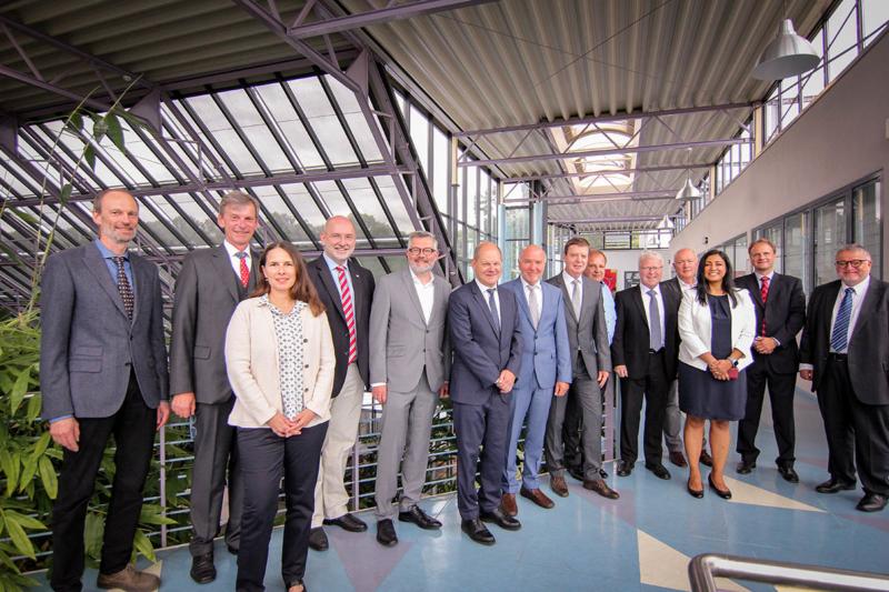 Finanzminister Scholz zu Besuch in Jülich